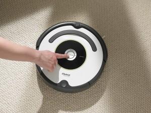Az iRobot Roomba robotporszívóval egyszerű a takarítás