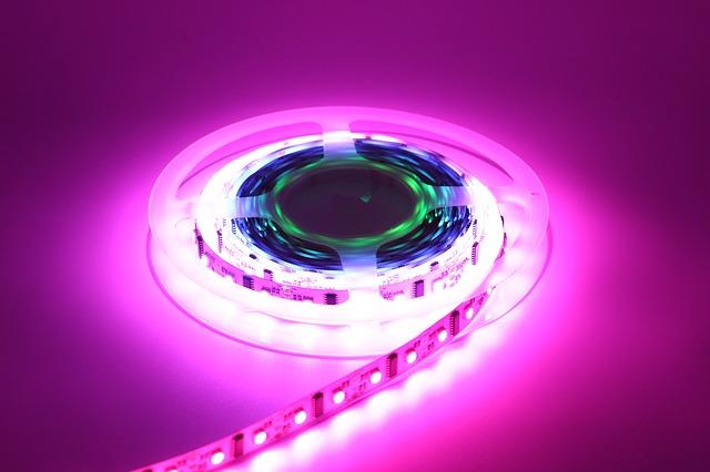 Öntapadós LED szalag